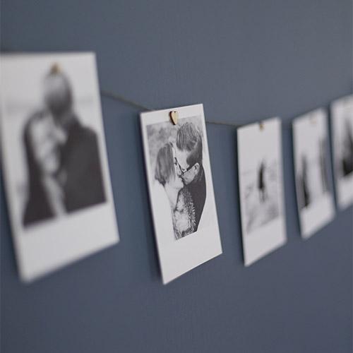 fotovajer, polaroid, förstoring, bröllopsfotograf uppsala, bröllop, fotograf, kärlek, förlovningsfotografering, bröllopsbilder